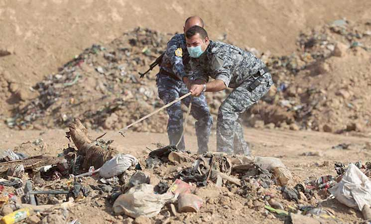 العثور على مقبرة تضم رفات نحو 40 عنصرا من تنظيم الدولة قرب تلعفر شمالي العراق