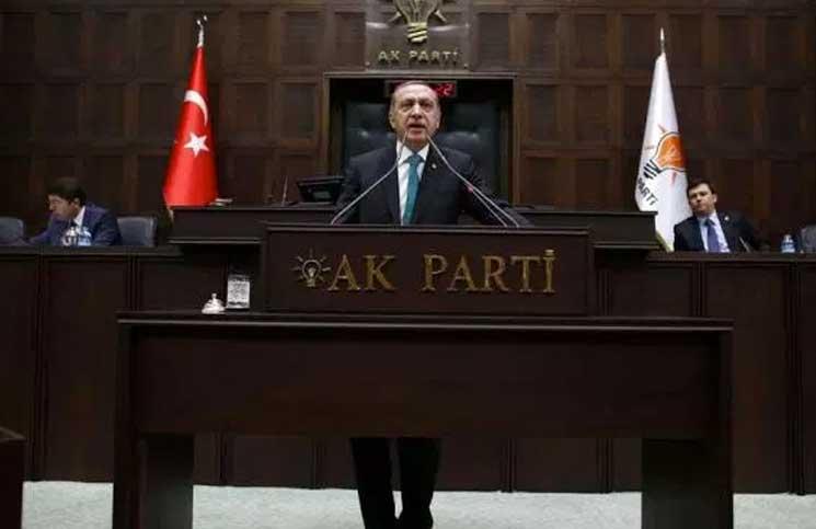 بعد فشل الضغوط السياسية… هل تمهد واشنطن لفرض عقوبات اقتصادية على تركيا؟