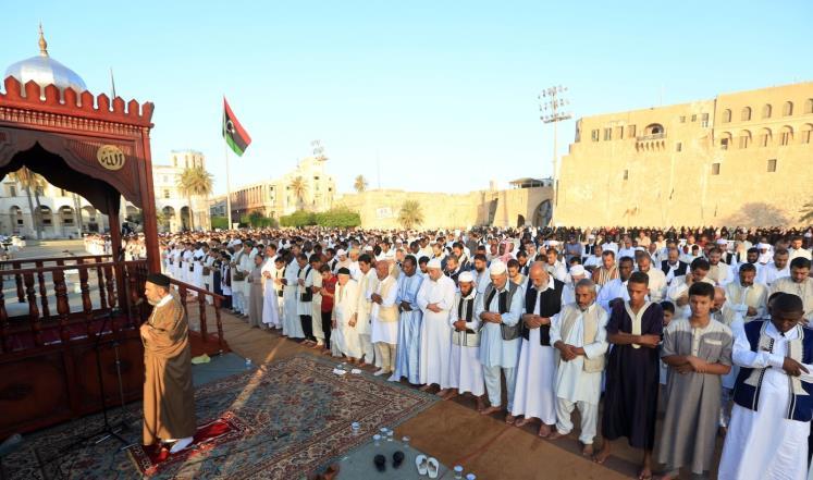 المسلمون يحتفلون بعيد الأضحى المبارك