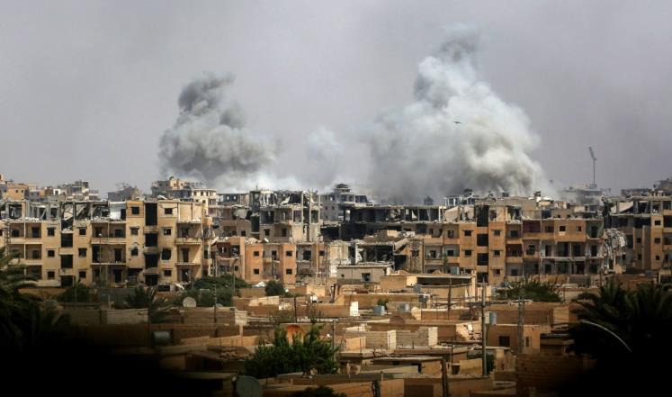 """""""سوريا الديمقراطية"""" تسيطر على حي وسط الرقة"""