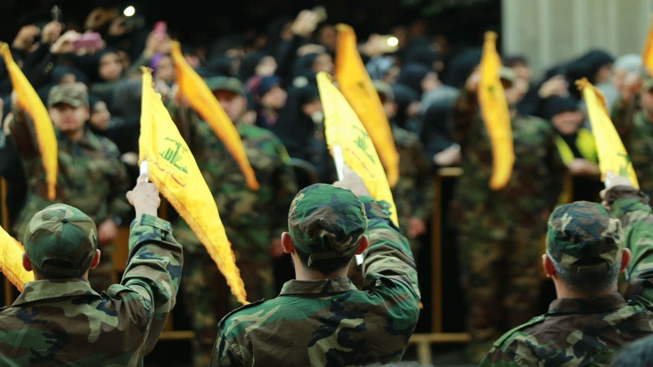 ماذا وراء استقدام «حزب الله» ميليشيات عراقية إلى لبنان؟