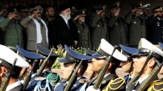 إيران تستعرض عضلاتها بعد الاستفتاء الكردي