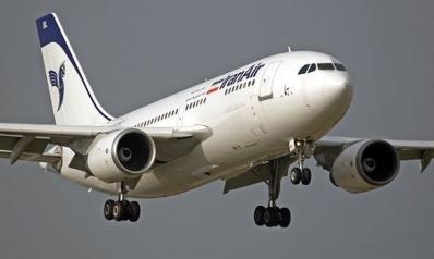 إيران تعلق جميع رحلاتها إلى مطار النجف