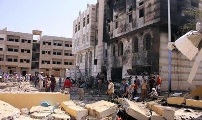 اليمن: «التحالف العربي» يقصف حلفاءه… وتنظيم «الدولة» يستهدف «حزام الإمارات»