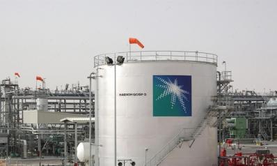 أرامكو تكبح صادرات الخام لدعم الأسعار