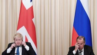 بريطانيا تهدّد روسيا بالانتقام من اختراقها لأوروبا