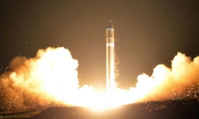 كوريا الشمالية تختبر تحميل الجمرة الخبيثة على صواريخ باليستية