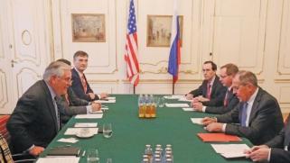 تيلرسون يعتبر ملف أوكرانيا أبرز عقبة للتطبيع مع روسيا