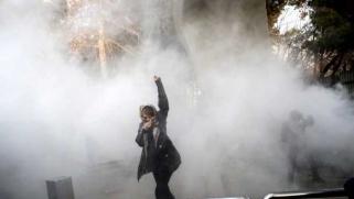 المعركة من أجل إيران: التغيير لن يكون سهلاً ولا سلمياً ولا وشيكاً