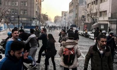 الأمم المتحدة تحذر من العنف بإيران وواشنطن تعد وتتوعد