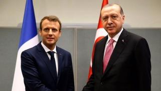 اردوغان يتخذ من باريس بوابة لترميم العلاقات مع الاتحاد الأوروبي