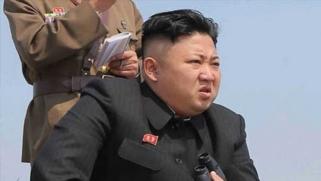 زعيم كوريا الشمالية: زرّ إطلاق الصاروخ النووي في يدي