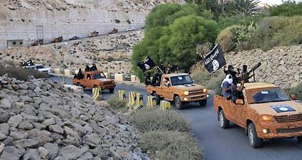 المقاتلون الأجانب في ليبيا: التداعيات على أفريقيا وأوروبا