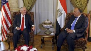 تيلرسون يحاول في القاهرة إصلاح انتكاسات ترامب