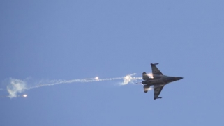 ما موقف موسكو وطهران بعد إسقاط الطائرة الإسرائيلية بسوريا؟