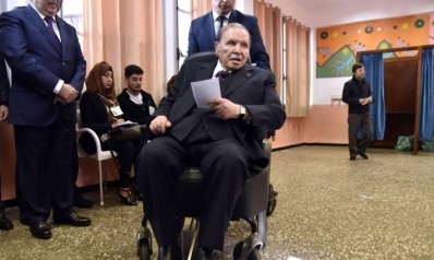 جدل في الجزائر بشأن تضارب تصريحات بوتفليقة