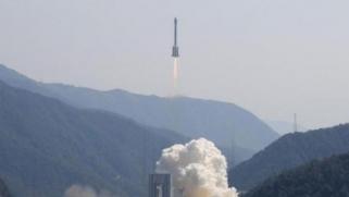 الصين ستعرض أقماراً صناعية يمكن استعادتها