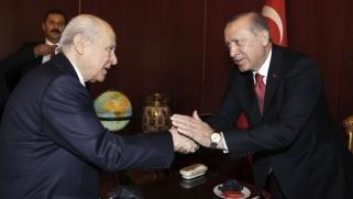 الإسلاميون واليمين المتطرف شريكان.. إلى أين تمضي تركيا؟