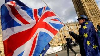 دراسة: المرحلة الانتقالية مهمة للإقتصاد البريطاني لاستيعاب الصدمة قبل سنة من «بريكسِت»