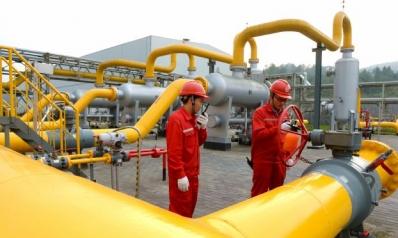 مخاوف من تعطيل المعروض ترفع أسعار النفط