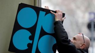 """حلف سعودي روسي يفتح """"فصلا جديدا"""" في تاريخ قطاع النفط"""