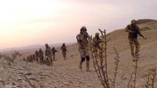 الجيش المصري يعلن مقتل 4 إرهابيين بشمال ووسط سيناء