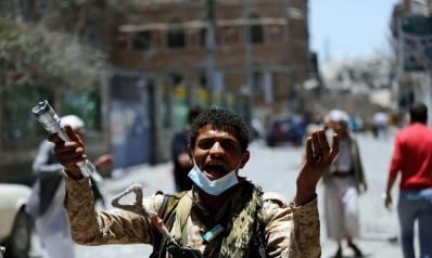 التحالف العربي يستهدف رؤوس التمرد الحوثي ويفكك بنيته