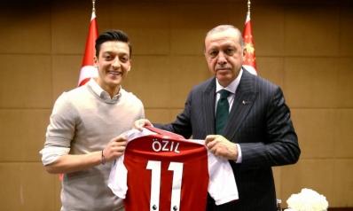 صور أوزيل وغوندوغان مع أردوغان تغضب اتحاد ألمانيا