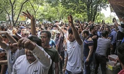 روحاني يخفف من وطأة الاحتجاجات: لدينا ما يكفي من الأموال والسكر والزيت