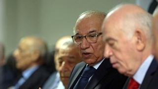 القضاء العراقي يمهد الطريق لتسوية سياسية لأزمة الانتخابات