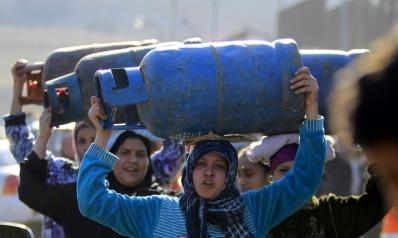 الحكومة المصرية تمتص الغضب الشعبي بالإعلان عن الزيادات أيام الإجازات