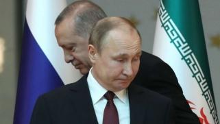الفصائل السورية تفقد ورقة ثمينة في مواجهة هجوم محتمل على إدلب