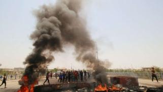 العبادي في البصرة لإخماد لهيب الاحتجاجات