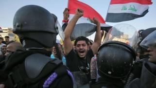 قادة الأحزاب يركبون موجة التظاهرات في العراق