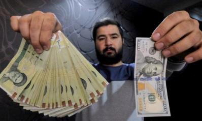 العملة الإيرانية تتهاوى إلى أكثر من 111 ألف ريال للدولار