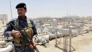 الاحتجاجات تصل أمام حقل الزبير النفطي في البصرة