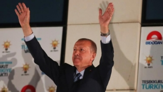 أردوغان.. رحلة مثيرة وسط العواصف