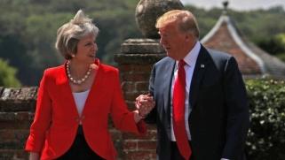 ترامب يتجاهل العُرف الدبلوماسي بشن حرب على ماي