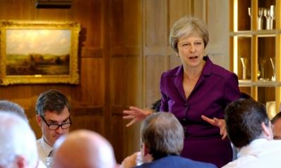 نجاح ماي في إقناع الحكومة برؤيتها لبريكست ينقصه دعم المحافظين