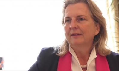 ماذا قالت وزيرة خارجية النمسا بلسان عربي؟