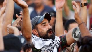 اعتصام مفتوح وسط البصرة احتجاجا على مقتل متظاهر