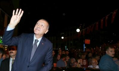 أردوغان عاجز أمام عقاب أميركي يزداد قسوة