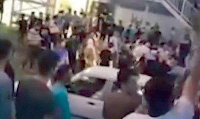 الاحتجاجات الإيرانية تطال رموزاً دينية بعد هجوم على حوزة كرج