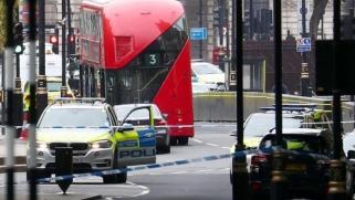 دهس أشخاص أمام البرلمان البريطاني والشرطة تتعامل مع الحادث كعمل إرهابي