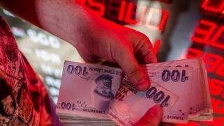 لا انفراجة في العلاقات التركية الأميركية والليرة تدفع الثمن