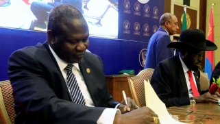فرقاء جنوب السودان يوقّعون اتفاق سلام يرسم نهاية للحرب