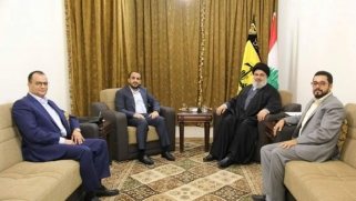 إيران توجه رسائل للسعودية عبر الحوثيين من بيروت: لبنان صار إيرانيا