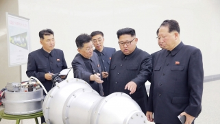 كوريا الشمالية تفاوض لتسليح الحوثيين عبر وسيط سوري