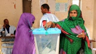 محمد ولد عبدالعزيز يحذر الموريتانيين من انتخاب أحزاب الإسلام السياسي