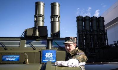 """""""إس-300"""" للنظام السوري: قيود روسية لا تمنع الغارات الإسرائيلية"""
